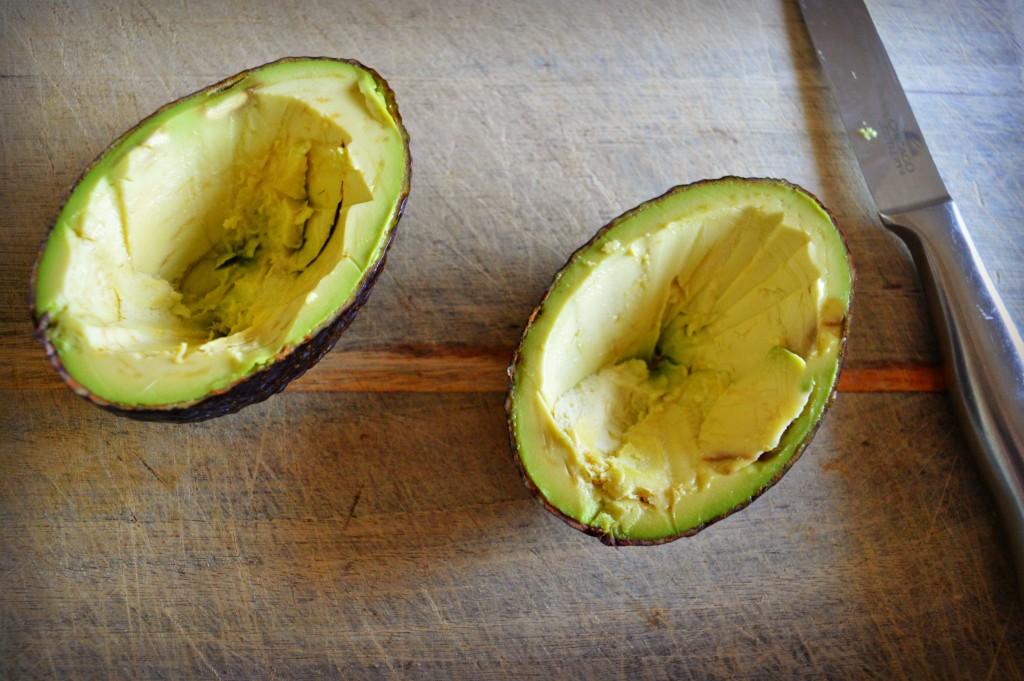 chickpea salad stuffed avocado 1