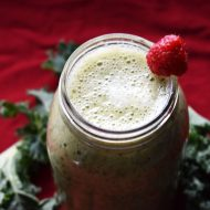 Raspberry Banana Kale Smoothie
